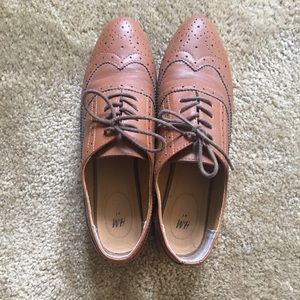 Brown Oxford Style Shoes